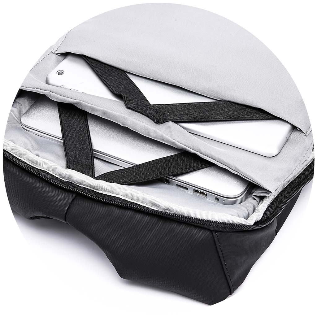 The Agile Box - open and shows laptop pockets